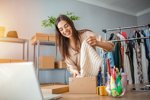 The 3 Best Online Resale Platforms for Selling Clothes